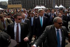 Kerry in Mexiko