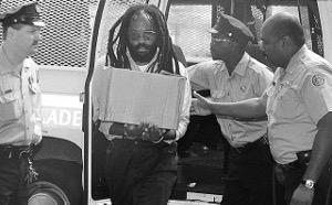 Mumia carring files